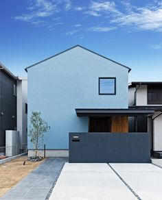 House Roof, Facade House, My House, Japanese Modern, Japanese House, Exterior Paint, Log Homes, Interior Architecture, House Design