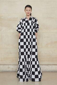 Spring/Summer 2019 - Marimekko in Paris Urban Fashion Trends, Fashion News, High Fashion, Vintage Trends, Street Style Trends, Marimekko, Womens Clothing Stores, Fashion Fabric, Couture Fashion