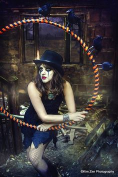 interesting use of Clockwork Orange imagery, bozo-Goth and the Raven Le Clown, Circus Clown, Circus Theme, Halloween Circus, Halloween Makeup, Halloween Face, Dark Circus, Steampunk Circus, Art Du Cirque