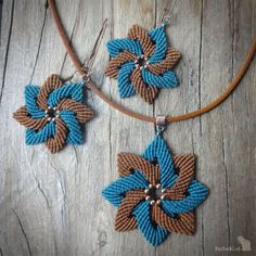 Items similar to macrame pendant on leather cord, old copper tone metal beads on Etsy – Handcrafted Earrings Macrame Colar, Macrame Bracelet Diy, Macrame Bag, Macrame Earrings, Micro Macrame, Macrame Jewelry, Etsy Earrings, Textile Jewelry, Macrame Patterns