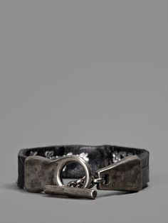 SCUNZANI IVO BLACK LEATHER BRACELET WITH SILVER SKULL   - SCUNZANI IVO BLACK LEATHER BRACELET WITH SILVER SKULL  - BLACK LEATHER  - SILVER SKULL  - TOOGLE CLOSURE  - 100% SILVER  - 100% LEATHER  - MADE IN ITALY