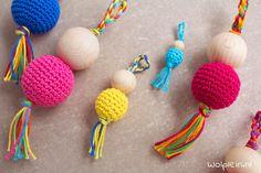 Crochet Flower Tutorial, Crochet Diy, Crochet Flowers, Crochet Keychain, Crochet Necklace, Amigurumi Patterns, Crochet Patterns, Crochet Animals, Sewing Tutorials