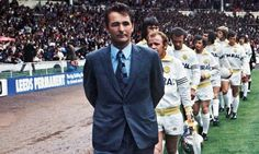 Liverpool 1 Leeds Utd 1 (6-5 pens) in Aug 1974 at Wembley. Brian Clough leads out his new team in the Charity Shield.