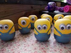 Minions aus Ü-Eiern