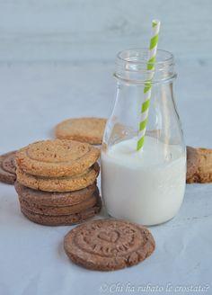 Chi ha rubato le crostate? : » Biscotti di frolla alla vaniglia e nocciole _ vegana _