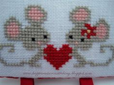 Cross Stitch Borders Happiness is Cross Stitching : EDITED - Valentine giveaway! Cross Stitch Heart, Cute Cross Stitch, Cross Stitch Cards, Cross Stitch Borders, Cross Stitch Animals, Cross Stitch Designs, Cross Stitching, Cross Stitch Embroidery, Embroidery Patterns