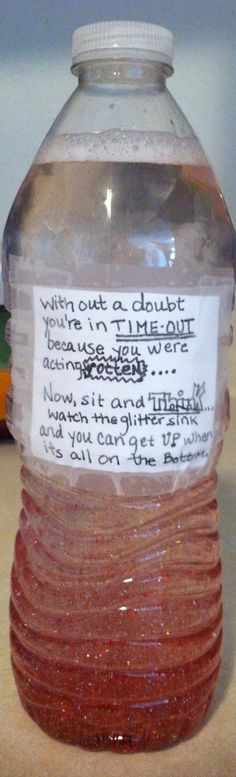 Time-Out/Calm Down Bottle - 1 small bottle, glitter glue, & warm water. the glitter settles in 5 minutes. if they fiddle with the bottle, they lengthen their time! Kids And Parenting, Parenting Hacks, Parenting Goals, Future Mom, Dear Future, Baby Hacks, Babysitting, Raising Kids, Toddler Activities
