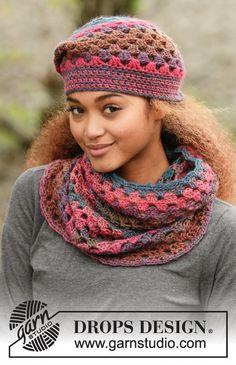 Crochet Hat and Neckwarmer door MoWeHappy op Etsy