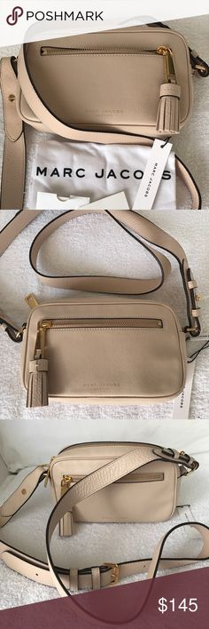 Marc Jacobs New York Cow Leather Shoulder Bag Authentic Marc Jacobs New York 100% cow leather shoulder bag. Brand NEW with tag, no cuts, no scratches, no marks. Adjustable shoulder bag, can be worn as crossbody bag. Comes with a dust bag. Beautiful and elegant every day bag. Color: Washed Peach Marc Jacobs Bags Shoulder Bags