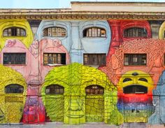 Italian street artist Blu's giant mural that wraps around two sides of a building in Rome. The pieces utilizes nearly 50 windows to create the mouths and eyes of some 27 bizarre faces all vying for attention. Murals Street Art, Street Art Graffiti, Mural Art, Wall Art, Street Gallery, Colossal Art, Arte Pop, Italian Artist, Street Artists