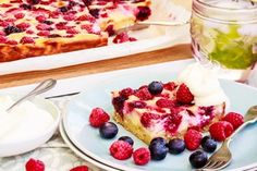 Summer berry slice