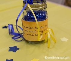 cub scout blue and gold banquet centerpieces | Visit overthebigmoon.com