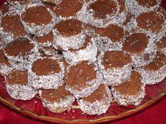 Prajitura Irina Romanian Desserts, Romanian Food, Romanian Recipes, Unique Recipes, Ethnic Recipes, Bagels, Cookie Bars, Smoothie, Sweet Treats