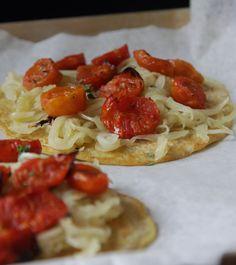 Beuf à la mode: Pancake alla farina di ceci con cipolle e pomodorini...e lo ribadisco: Ottolenghi mon amour!