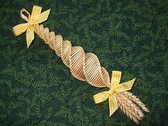 "30cm (12"") Ribbon Bows Yorkshire Spiral Corn Dolly (standard wheat)"