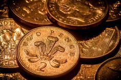 Two Pence coins by Rob Higginbotham on 500px