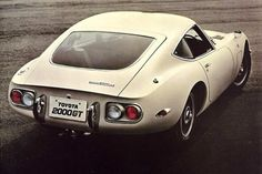 1967 toyota. 2000GT coupe.