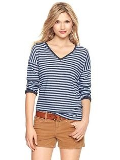 Gap Contrast Cuff V Neck T - blue stripe