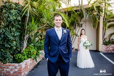 Groom Reacts to Bride's First Look #weddingphotography / just added