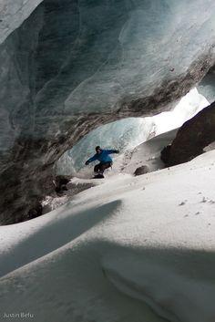 #Snowboard #nieve #deporte http://www.centroreservas.com/