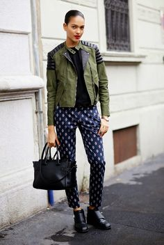 Parisienne: 22 Outfits That Will Make You Want To Wear Patterned Pants