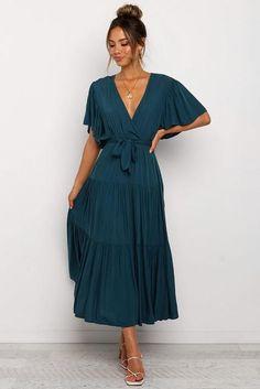 Tie Waist Shorts, Chiffon, Foto Pose, Maxi Dress With Sleeves, Women's Fashion Dresses, Midi Dresses, Bridesmaid Dresses, Wrap Dresses, Party Dresses