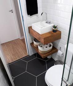 Small Bathroom Storage, Tiny House Bathroom, Bathroom Styling, Bathroom Toilets, Bathroom Organization, Bathroom Showers, Bathroom Cleaning, Bathroom Layout, Bathroom Interior