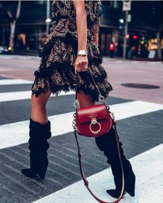 Fashion Tips – Best Fashion Advice of All Time Moda Instagram, Fashion Bags, Womens Fashion, Fashion Trends, Fashion Styles, Fashion Fashion, Fashion Outfits, Outfit Trends, Winter Mode
