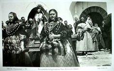 Postales antiguas de las Islas Baleares: Ibiza. Procesión religiosa en San Antonio Abad. España