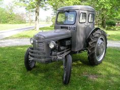 """1939 Ford model 9N, the cab is an aftermarket """"Bruco Cab"""" made by the Brumbaugh Body Co. Altoona Pennsylvania"""