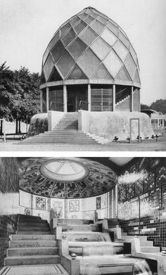 expresionismo Thinking about charismatics of architecture. Bruno Taut, Glass House The German Werkbund was an association of artists, designers, and architects that prefigured the Bauhaus. Bauhaus, Dome Structure, Building Structure, William Morris, Bruno Taut, Glass Pavilion, Temple Gardens, Stained Glass Church, Temporary Structures