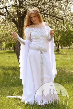 Medieval Ireland Clothing | Medieval Wedding Attire on Exclusive White Medieval Wedding Dress With ...