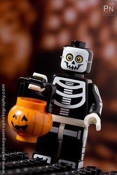 """Series 14 - Skeleton Guy"" Minifigures Series 14 My LEGO. Pedro Nogueira Photography."