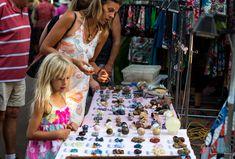 Mindil Beach Markets in Darwin - Northern Territory of Australia Caravan Hire, Alice Springs, Darwin, Australia Travel, Fun Things, Backpacking, Road Trip, Park, Beach
