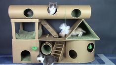 DIY Amazing Kitten House from Cardboard How To Make Cat House In today's video I show you how to make for Kittens amazing cardboard cat house kitten house pe. Hamster Toys, Kitten Toys, Diy Playground, Cardboard Cat House, Diy Cardboard, Cat Castle, Cat House Diy, Fun House, House Roof