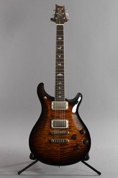 Black Les Paul, Paul Reed Smith, Prs Guitar, Black Dating, Electric Guitars, Cool Guitar, Guitar Lessons, Music Instruments, Copper