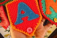 Crochet & Felt Name Pennant for the girls' bedroom... Love!