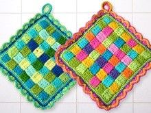Topflappen  crocheted potholder from T-shirt yarn gehäkelte Topflappen aus T ...