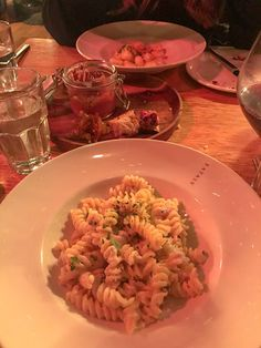 Welcome to New York It's been Waitin' for You Waitin For You, Food Snapchat, Pasta Salad, About Me Blog, New York, Ethnic Recipes, Crab Pasta Salad, New York City, Nyc