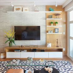 36 Amazing TV Wall Design Ideas For Living Room Decor room wall decor around tv 36 Amazing TV Wall Design Ideas For Living Room Decor Cozy Living Rooms, Home Living Room, Living Room Interior, Living Room Decor, Living Room Ideas Tv Wall, Coastal Living, Apartment Living, Living Spaces, Tv Unit Decor