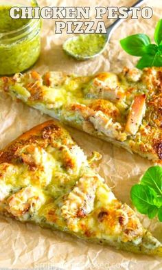Pizza Recipes, Gourmet Recipes, Cooking Recipes, Healthy Recipes, Chicken Pesto Pizza, Eat Pizza, Yummy Appetizers, No Cook Meals, Good Food