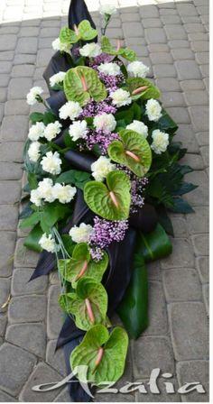Casket Flowers, Grave Flowers, Funeral Flowers, Table Flowers, Flower Shop Decor, Flower Decorations, Deco Floral, Arte Floral, Ikebana