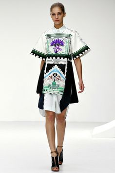 Although I am not a big fan of geometric patterns and sombre color combos, this print is made in such a way that has a fresh and harmonious appeal. I reconsider my earlier comments on muddy green being not so uplifting, against the black it enriches  and looks luxurious, grounded and mature. (Mary Katranzou SS/2013)