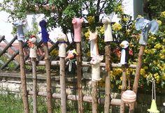 Hier einige Beispiele meiner handgetöpferten Keramiken! In meinem ständig aktualisierten Onlineshop findest du alle derzeit verfügbaren von mir erstellten Objekte unter : http://selfmadekeramik.dawanda.com/ Reine Handarbeit, Keine Massenware, Nicht Gegossen, Von Hand modelliert!
