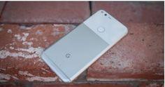 يعتبر كلًا من هاتف بكسل الأصلي وPixel XL من أفضل الهواتف الذكية والتي تعتبر أول الهواتف المصممة كليًا من الداخل والخارج من قبل جوجل، والمصنعة من قبل HTC، وهما من الهواتف الراقية التي تتميز بكاميرات رائعة، وذات بناء عالي الجودة، و المزودة بعدد من برمجيات الاندرويد التي