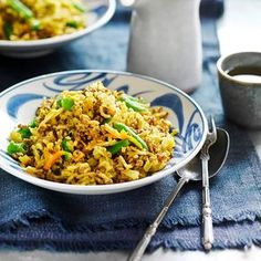 A healthier WW recipe for Beef mince chow mein ready in just Get the SmartPoints plus browse our other delicious recipes today! Chow Mein Mince, Beef Chow Mein, Chicken Chow Mein, Ww Recipes, Healthy Recipes, Delicious Recipes, Beef Mince Recipes, Savoury Recipes, Recipies