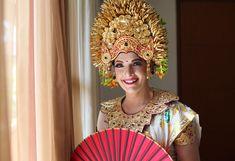 Perfect memories with fantastic Balinese wedding custom experienced.. @happybaliwedding