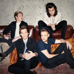 Ровно 8 лет исполняется одной из самых успешных групп всех времен  One Direction!  На данный момент каждый из участников группы выпускает музыку сольно но фанаты не теряют надежду на скорое воссоединение коллектива. Ждёте ли вы возвращаение One Direction?