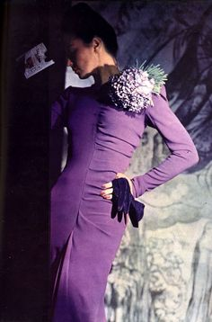 Norman Parkinson, 1940s. #vintage #eveningwear #1940s