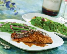 Balsamic Salmon Recipe. ~ I paired this with the roasted lemon asparagus recipe (to which I added fresh beans) and a side of sticky rice... OMG sooo delish!!